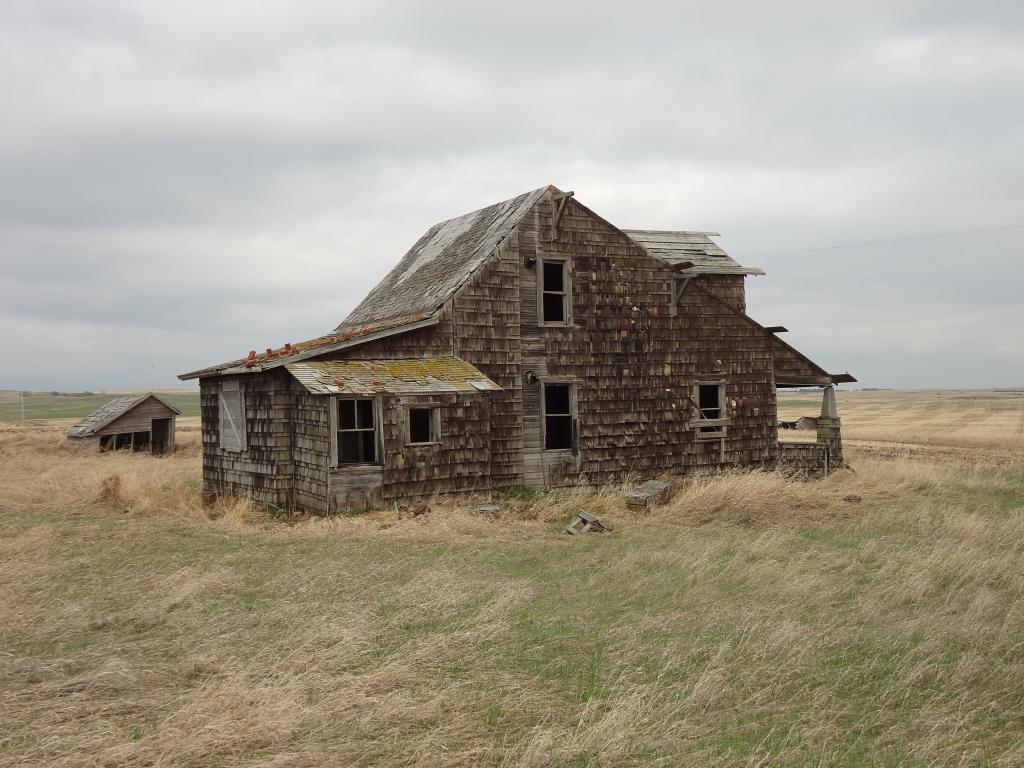 An Abandoned Farm Vagabond Expedition