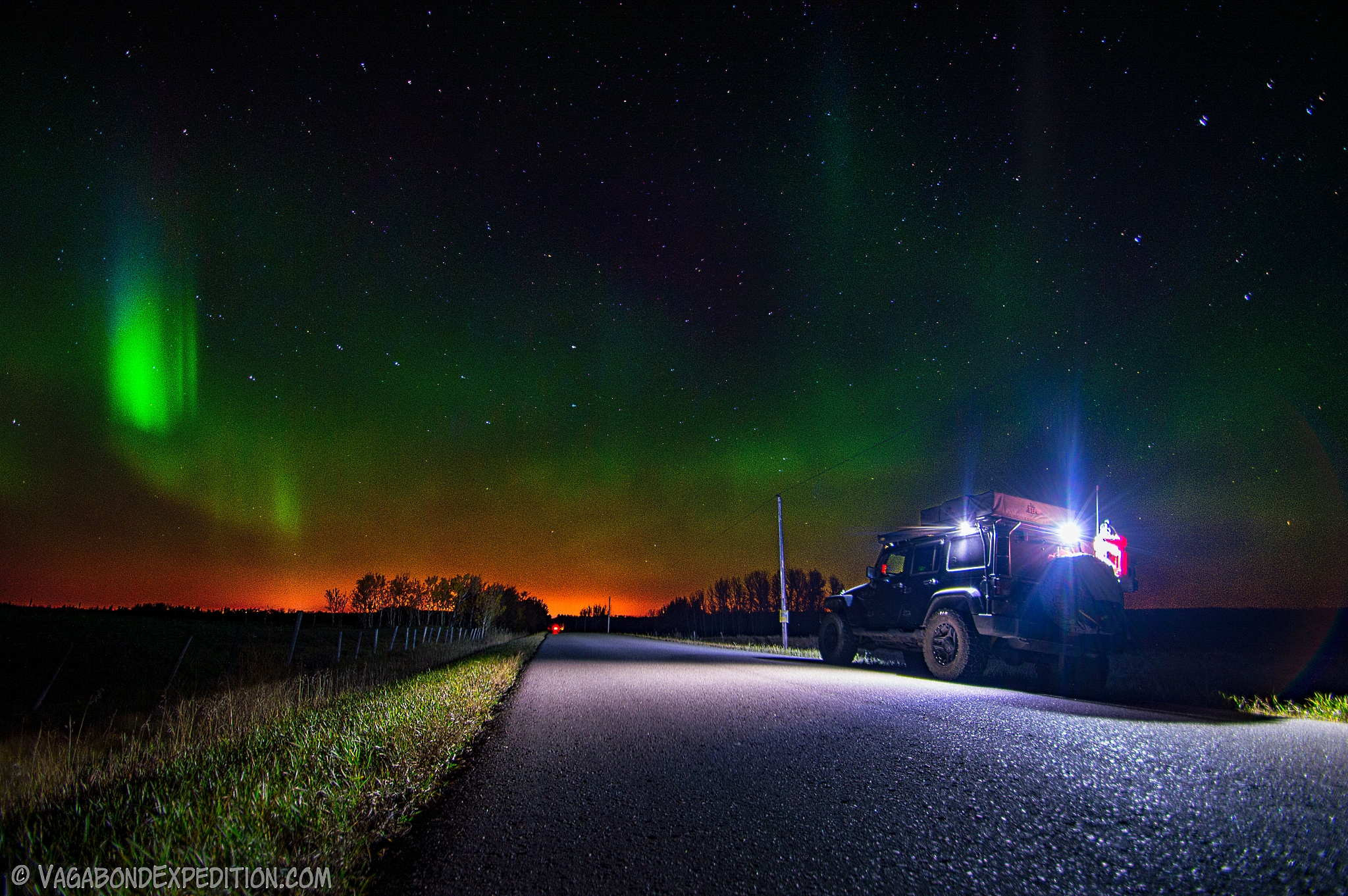 The Overland Jeep Wrangler and Northern Lights of Alberta